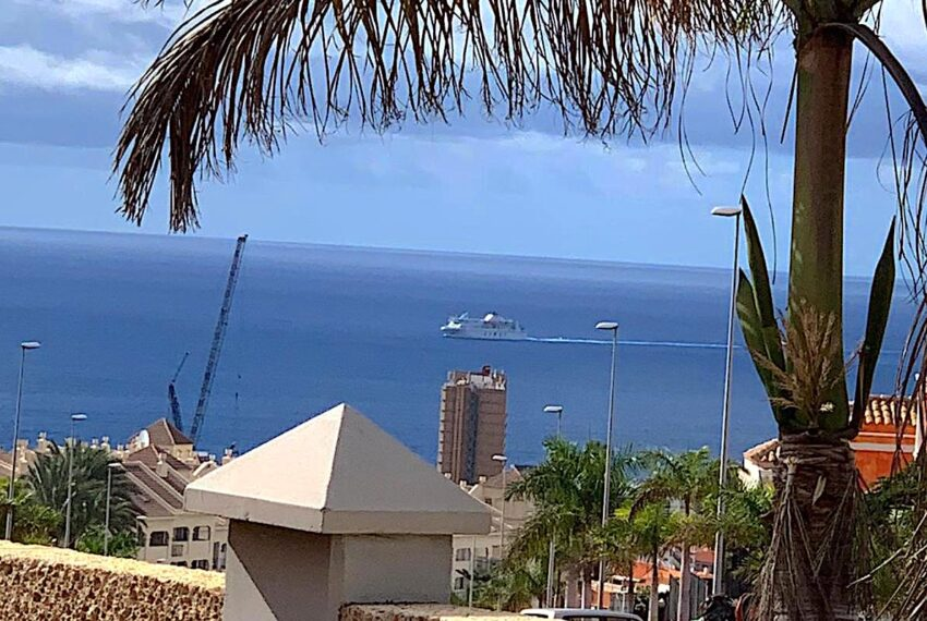 Av. San Francisco, 30, 38650 Arona, Santa Cruz de Tenerife